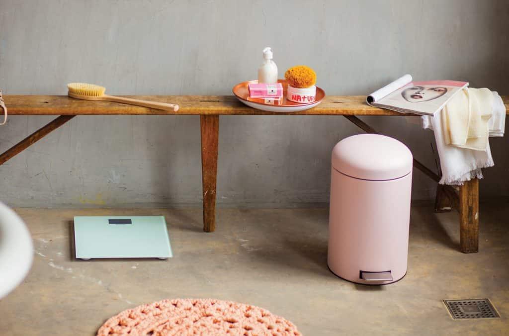 Brabantia-retro-bin-pink